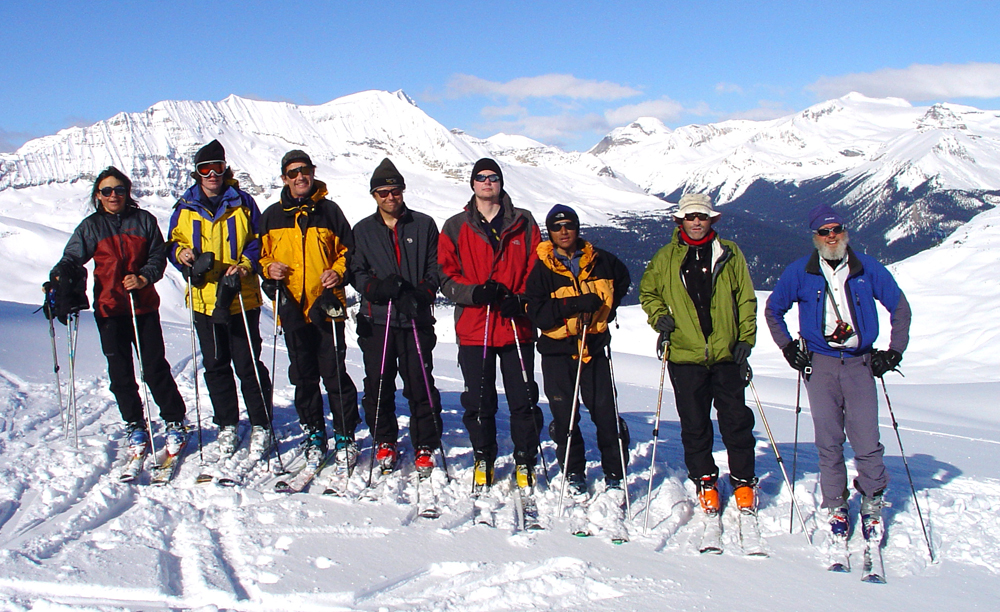 Group of SMS skiers